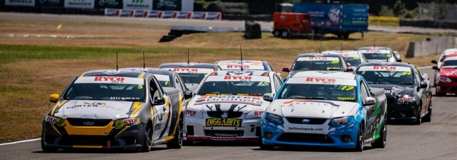 Porter Unstoppable in Race 1 at Manfield